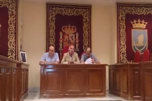 El Presidente, Fco González, junto a Tomás Alfaro y Jesús Cardo